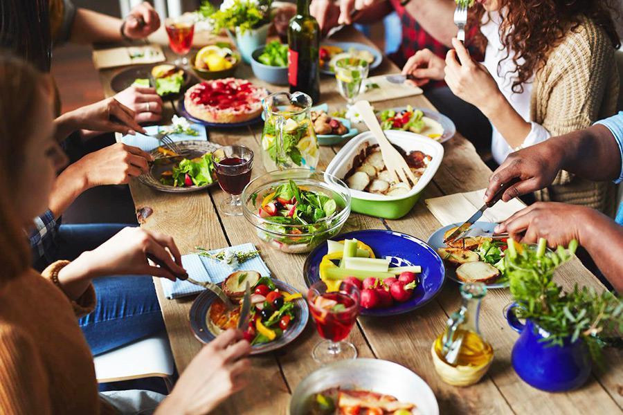 Tất tần tật những chia sẻ giúp bạn trải nghiệm sự hoàn hảo với dịch vụ nấu tiệc tại nhà